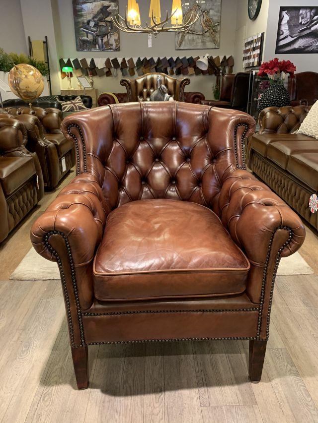 Engels chesterfield fauteuil van Bendic in Cognac bruin als Nieuw