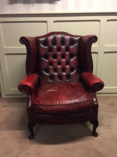 Engelse Chesterfield Oorfauteuil Oxblood Rood Wing Chair