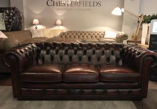 Chique Engelse Chesterfield 3 Zits bank Oxblood Rood