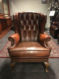 Oude Engelse Vintage Chesterfield Oorfauteuil