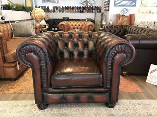 Engelse Chesterfield club fauteuil Oxblood Rood in Nieuwstaat