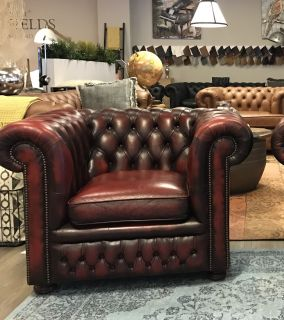 Engelse Vintage Chesterfield clubfauteuil Oxblood Rood