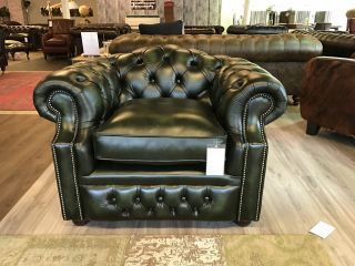 SHOWROOMMODEL The Bolton Chesterfield club fauteuil Groen