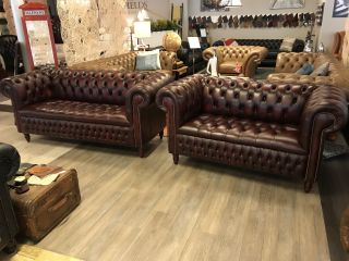 Engelse Chesterfield zithoek 3+2 Zits Oxblood Rood Buttonseat