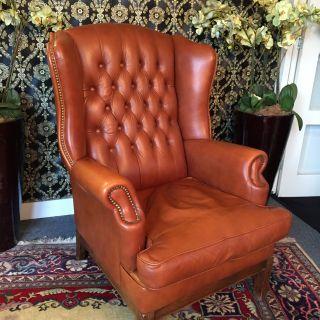Engelse Chesterfield Oor Fauteuil Cognac Bruin