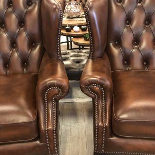 2 x Engelse Chesterfield Oorfauteuils Springvale als Nieuw Tabacco bruin