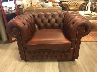 Engelse XL Chesterfield club fauteuil Light Rust