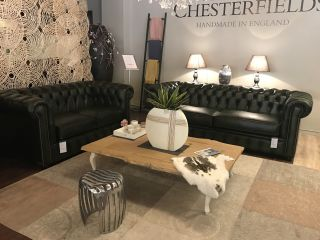 SHOWROOMMODEL The Lancaster Chesterfield zithoek Groen