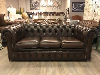 Engelse Chesterfield 3 zits Chesterfield bank Donker Bruin