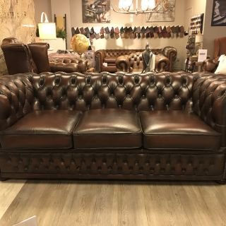 Engelse Winchester chesterfield bankstel 3+2 zits Top staat