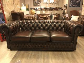 Engelse Winchester 3 zits chesterfield bank Bruin
