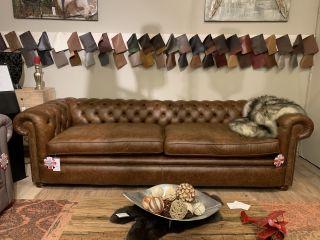 SHOWROOMMODEL The belfast chesterfield XL 4 zits bank Vintage bruin