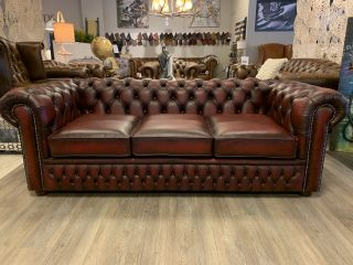 SHOWROOMMODEL The Wales chesterfield 3 zits bank Oxblood Rood
