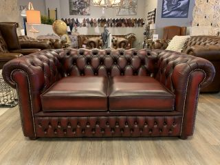 SHOWROOMMODEL The Wales chesterfield 2 zits bank Oxblood Rood