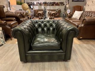 Engelse chesterfield clubfauteuil Groen