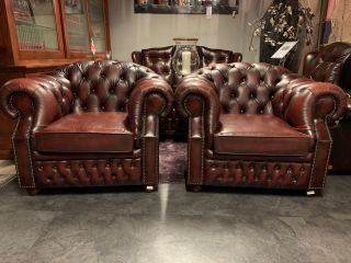 2 x Engelse chesterfield clubfauteuils Hoge rug Oxblood Rood