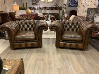 2 x Engelse XXL Springvale chesterfield clubfauteuils Tabacco Bruin