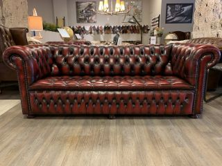 Originele Springvale chesterfield 3 zits bank Oxblood Rood Buttonseat