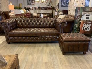 Chique chesterfield 3 zits bank bruin Buttonseat