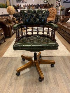 Engelse chesterfield captainchair bureaustoel groen