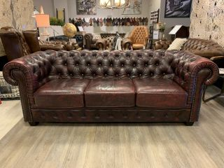 Chique chesterfield 3 zits bank Oxblood Rood