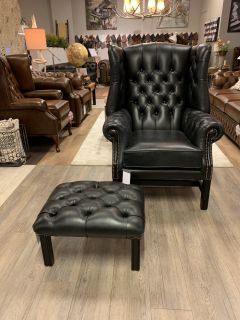 Showroommodel The Little Cardiff chesterfield oorfauteuil in Old Black