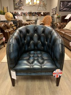 Showroommodel The York chesterfield fauteuil Jeans Blauw
