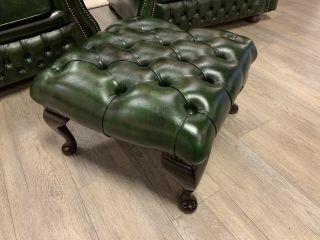 Engelse chesterfield hocker / voetenbankje groen