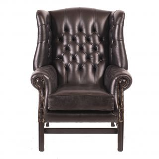The Little Cardiff chesterfield oorfauteuil
