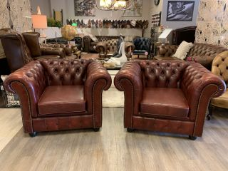 2 x stoere chesterfield clubfauteuils Oxblood Rood