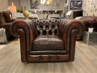Engelse chesterfield clubfauteuil Chestnut