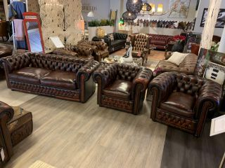 Engelse Winchester chesterfield zithoek 3+1+1 zits Oxblood Rood