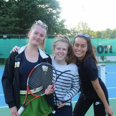 Promo Sas, Nathalie & Tess