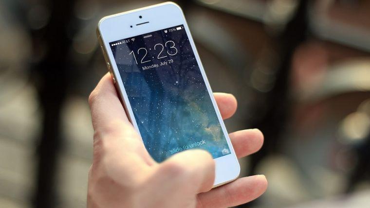 Gezichtsherkenning smartphones simpel te foppen
