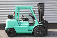 Mechanische heftruck 4.500 kg