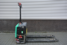 Elektrische pallettruck 1.300 kg