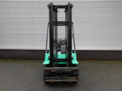 0818_Mitsubsihi 2500 kg LPG heftruck (6)