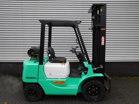 0818_Mitsubsihi 2500 kg LPG heftruck (7)