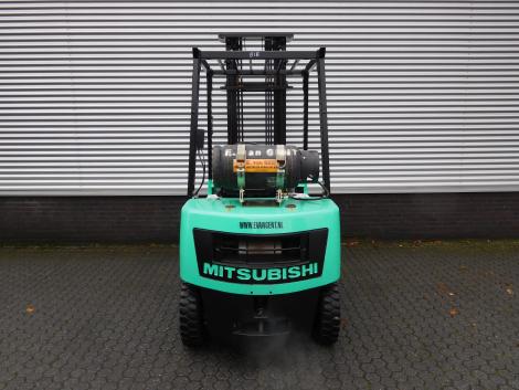 0818_Mitsubsihi 2500 kg LPG heftruck (8)