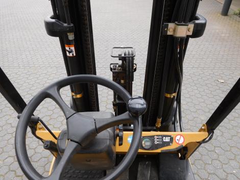 3085_Caterpillar EP15KRT 1500 kg elektrische heftruck (22)