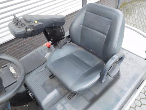 6218_Nissan G1Q2L30Q elektrische heftruck 3000 kg (18)