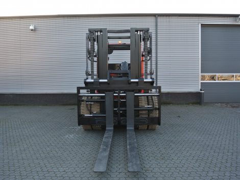 3403_Raniero AC180-6-CO-HT 18000 kg zwaar elektrische heftruck (24)