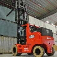 Levering Raniero 15 tonner elektrische heftruck bij opslagbedrijf!