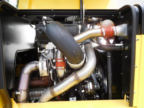 3409_Hyster H20XM-9 20000 kg @ 900 mm zware diesel heftruck (1)
