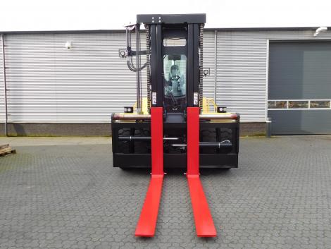 3409_Hyster H20XM-9 20000 kg @ 900 mm zware diesel heftruck (9)