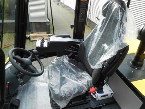 3409_Hyster H20XM-9 20000 kg @ 900 mm zware diesel heftruck (25)