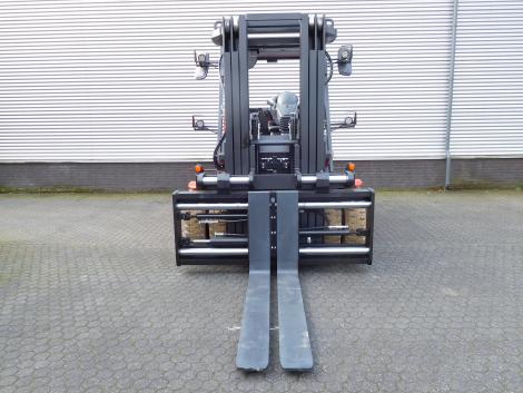 3406_Raniero AC80-9-CO 8000 kg @ 900 mm zwaar elektrische heftruck (19)