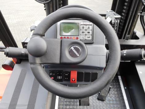 3407_Raniero AC80-9-CO-C 8000 kg @ 900 mm zwaar elektrische heftruck container (18)