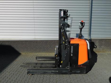6255_BT SPE120XR 1200 kg stapelaar met pantograaf en sideshift & vorkversteller (10)