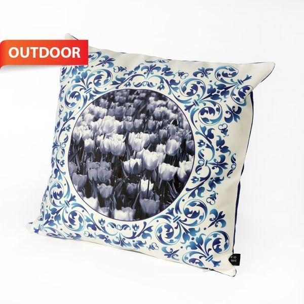 HUGS outdoorkussen Delfts Blauw tulpen